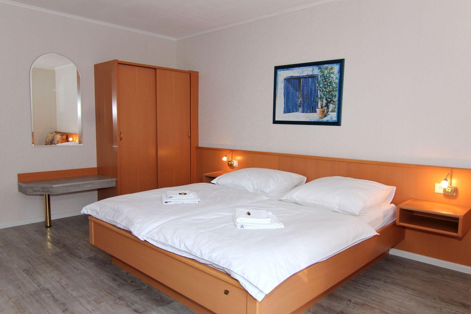 Zimmer / Preise – Hotel Messeblick